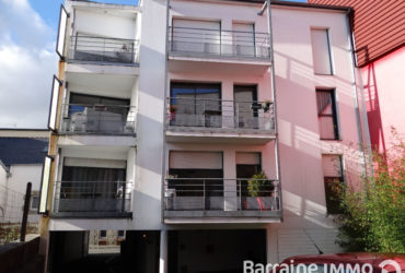 A VENDRE BREST LAMBEZELLEC CENTRE BOURG APPARTEMENT T3 68M² IMMEUBLE RECENT ASCENSEUR BALCON TERRASSE PARKING PRIVATIF